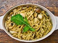 Рецепта Печени спагети с пиле, шунка, гъби и сметана на фурна